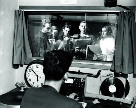 Performance in the KUSC studios